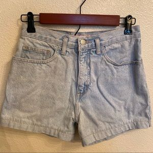 Vintage Guess high waisted light wash shorts